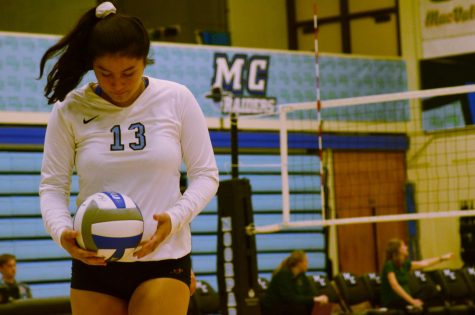Women's volleyball keeps it rolling with second conference win over Cuesta College