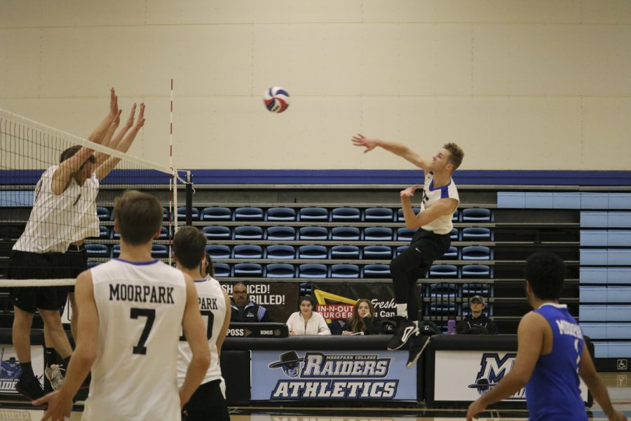 Jordan Moses, sophomore outside hitter for the Moorpark Raiders, goes up for the kill against the Santiago Canyon Hawks at Moorpark College on Feb. 12, 2019. Moses led both teams with 13 kills. Photo credit: Michelle De Leon