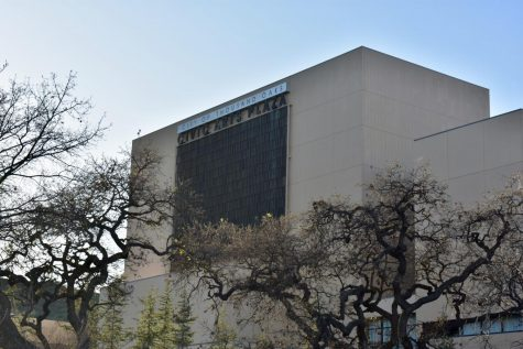 The Civic Arts Plaza in Thousand Oaks invites local students to enjoy National Geographic speakers for a discounted rate