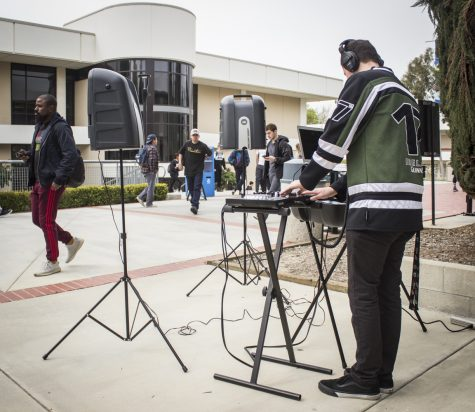Music internship allows students to DJ during school and earn credits