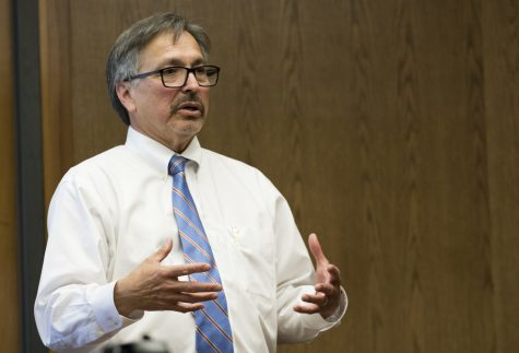 President Luis Sanchez volunteers to temporarily fill vacancy at Oxnard College