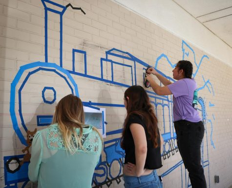 Linear Perspective Project gives students a chance to decorate the side of art building