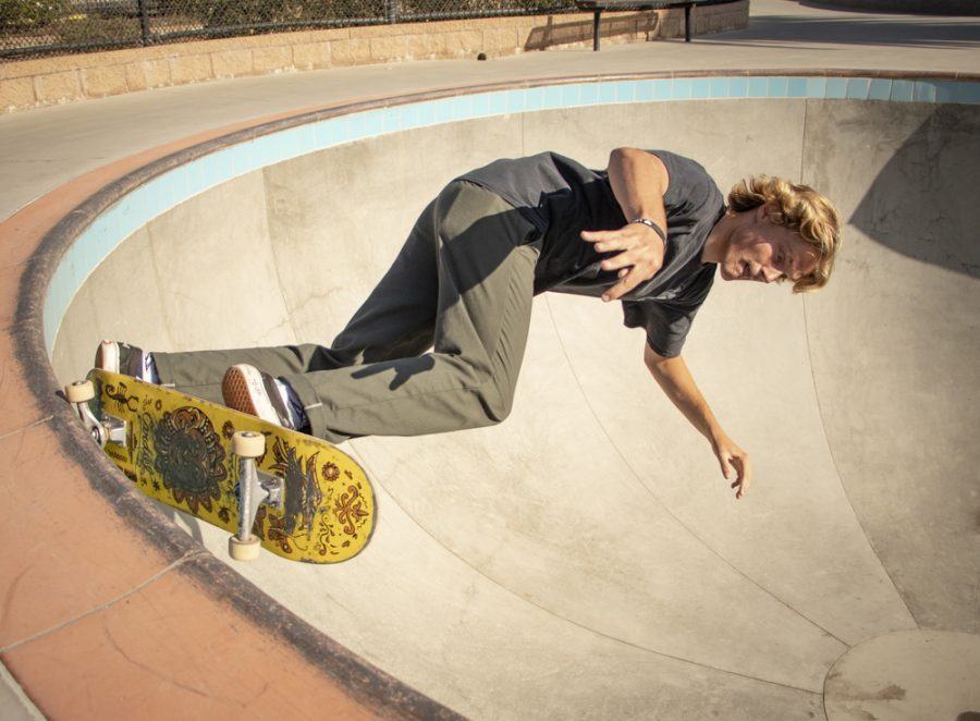 Roy Peters performs a 5-0 on the edge of a pool in the skatepark located at Poindexter Park on Tuesday, Aug. 27 in Moorpark, Calif. Peters is a frequent skater at the park. Photo credit: Evan Reinhardt
