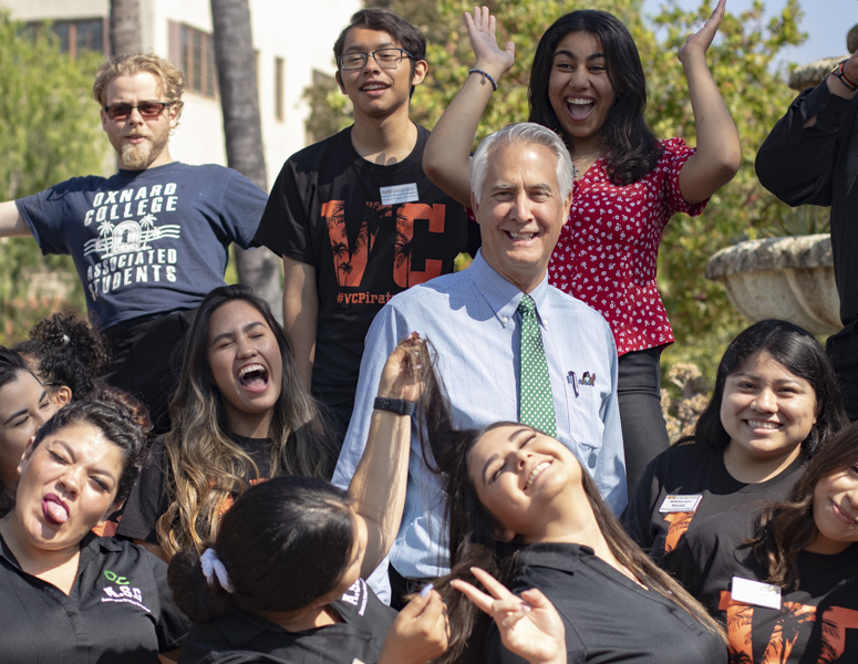 Dr.+Greg+Gillespie+%28center%29%2C+Chancellor+of+the+Ventura+County+Community+College+District%2C+poses+for+a+goofy+group+photo+with+the+Associated+Students+from+the+Moorpark%2C+Oxnard%2C+and+Ventura+campuses%2C+on+Friday%2C+Aug.+23%2C+in+Camarillo%2C+Calif.+Gillespie+was+chosen+to+be+chancellor+by+the+Board+of+Trustees+in+2017.+Photo+credit%3A+Evan+Reinhardt