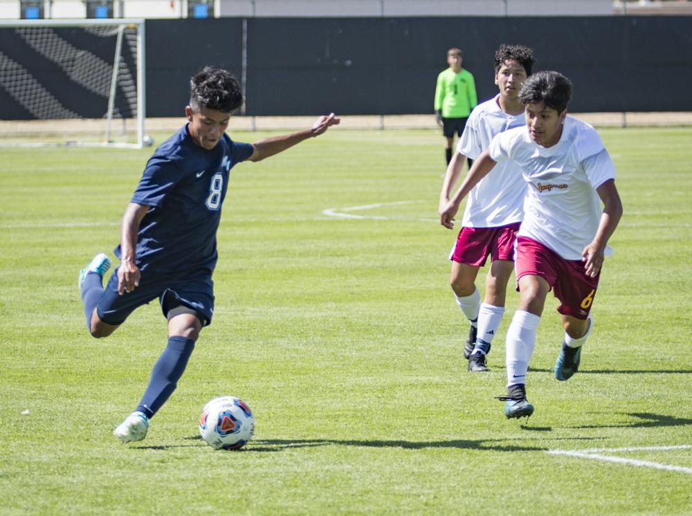 Soccer W_ Glendale_6.JPG