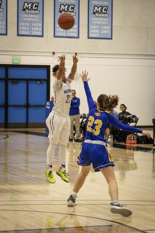 W Basketball_10.jpg