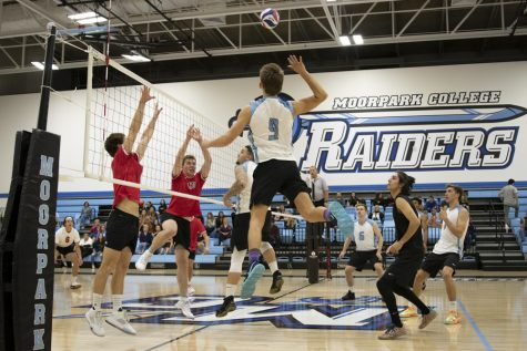 Santa Barbara hands Moorpark second straight loss in a sweep