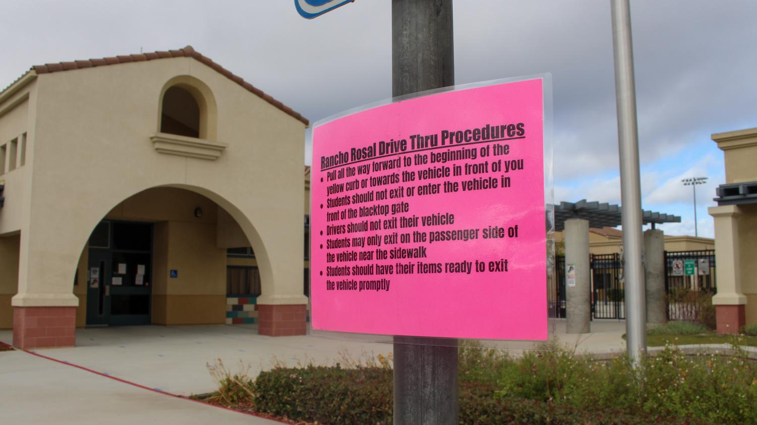 Rancho Rosal Elementary School in Camarillo, Calif. displays procedure for student pick-up and drop-off on Friday, Dec. 11, due to COVID-19 concerns in California. Photo credit: Leslie Mendez