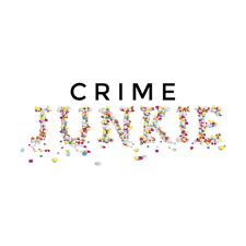 Crime Junkie is a true crime podcast that explains each Monday a different criminal case from murders to unsolved cases.