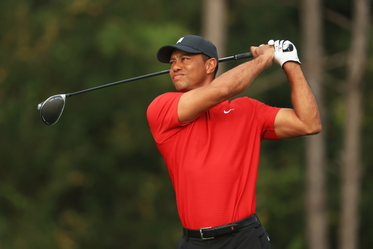 Golf legend Tiger Woods seriously injured after rollover car crash in Rancho Palos Verdes