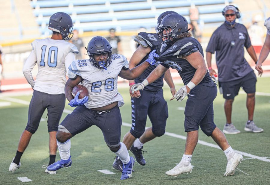 Raiders' football looks to kickoff season strong against district rival