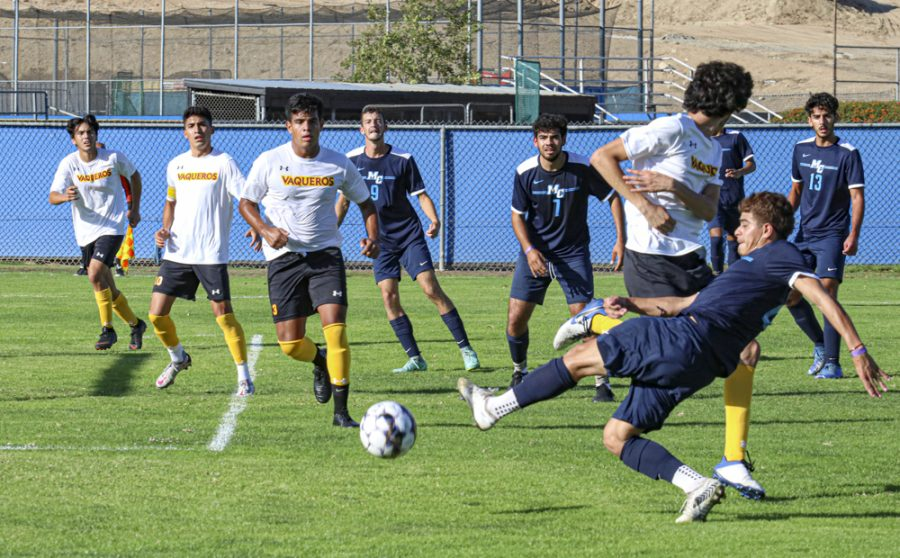 Moorpark College Men's Soccer rebounds after an early Glendale goal